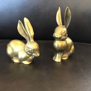 Pair Brass-like rabbits